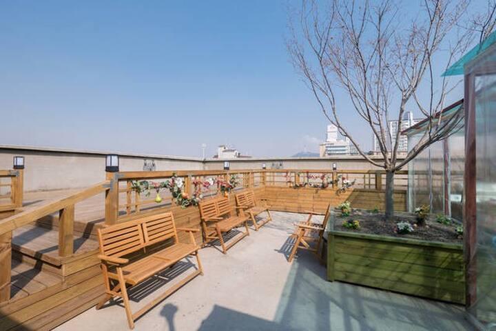 FAMILY TYPE(3~6)-1ROOM+1LIVING - Yongsan-gu - Apto. en complejo residencial