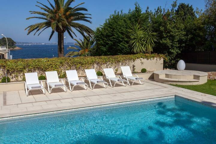 Villa Palm Beach, Luxury Villa and Pool in Cannes, next to beach