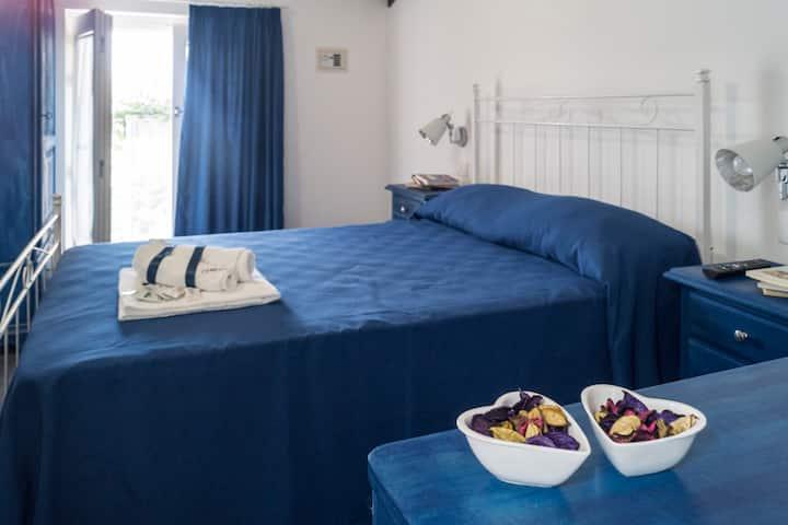 Affittacamere Chibao: stanza blu