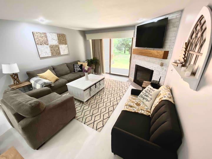 Perfect getaway in spacious 3 bedroom condo