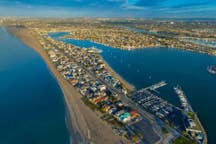 Long Beach Loft Near Beach!