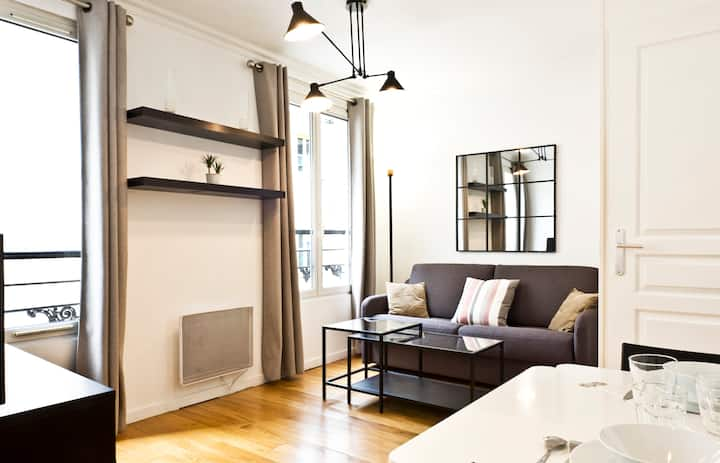 A Functional Apartment in the Batignolles Area