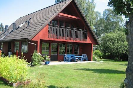 Nära Stockholm, villa vid havet i Österskär - Åkersberga