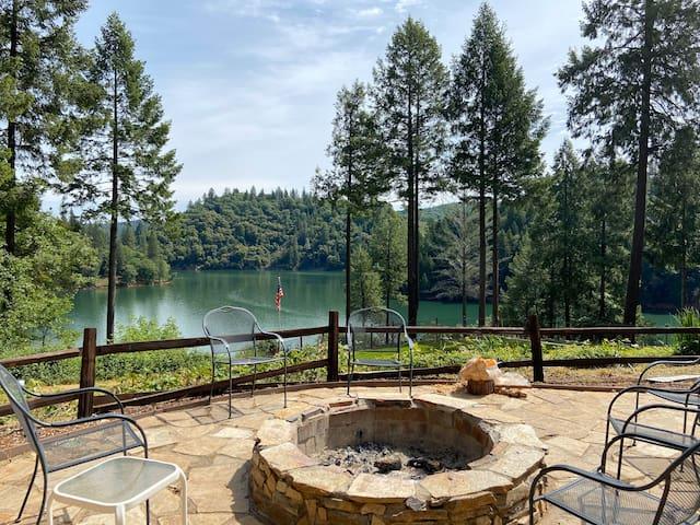 Beautiful Rollins Lake Inn - Studio Cabin #9
