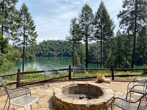 Beautiful Rollins Lake Inn - Studio Cabin #1