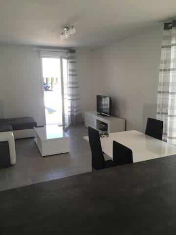 Appartement 65m² à proximité de Pau - Lons - Departamento