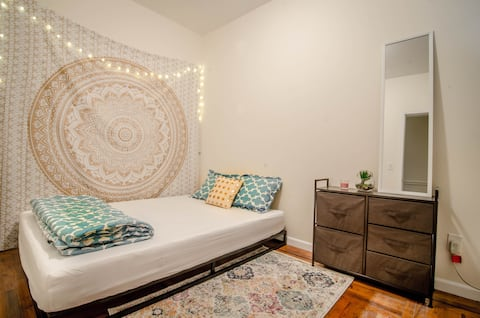 BEST LOCATION - Lovely room by Times Square!!!