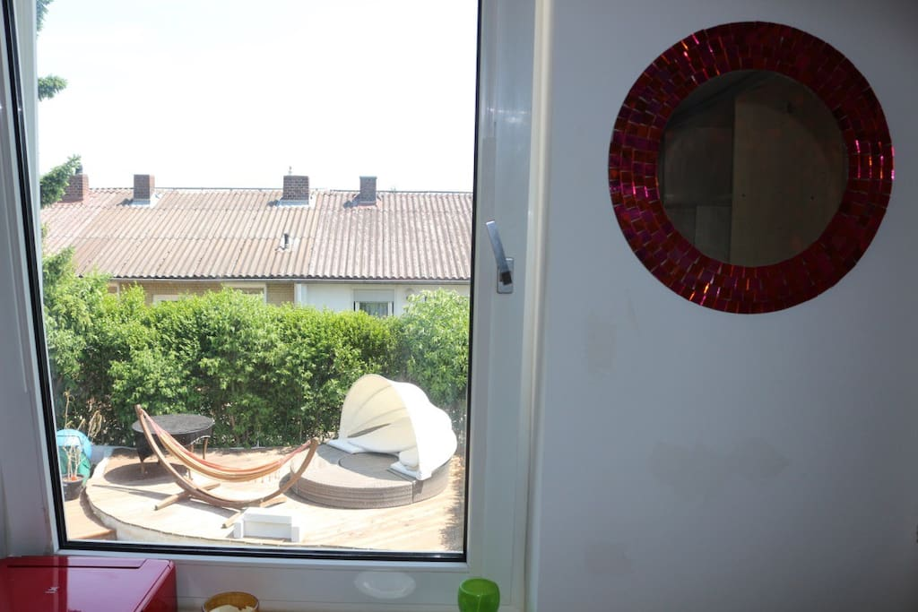 zentral gelegenes zimmer zur documenta in kassel h user zur miete in kassel hessen deutschland. Black Bedroom Furniture Sets. Home Design Ideas