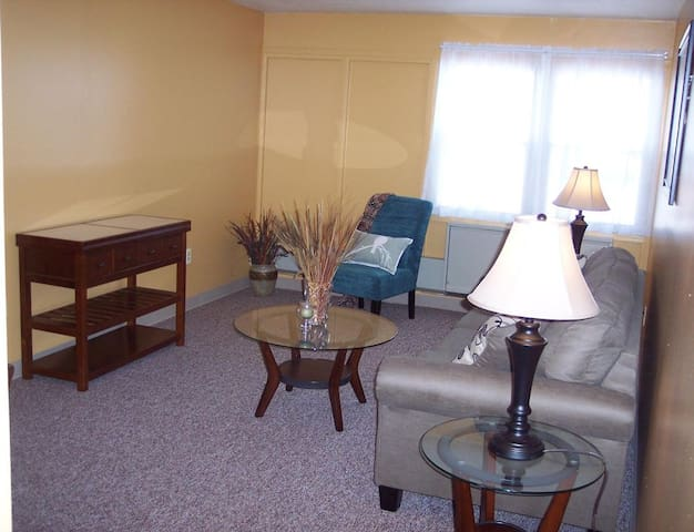 Market Street Commons - Johnstown - Apartment
