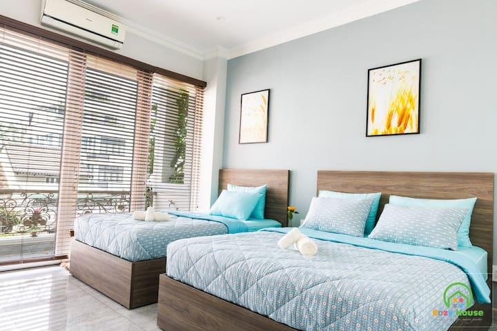 Cozy House 49 - Luxury Triple Room with Balcony