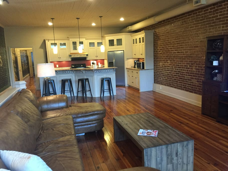 Open Living/Dining Area