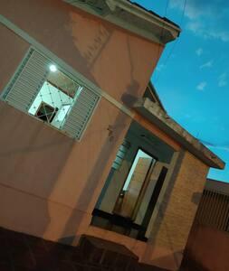 Residencial no centro de bandeirantes
