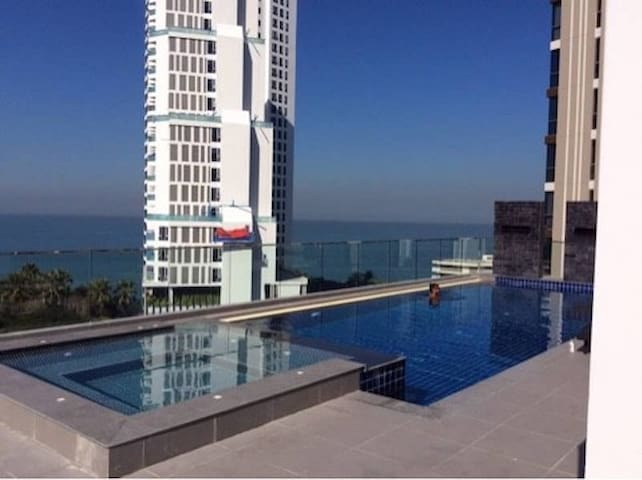 SERENITY  1 BDR in 150 m from Wongamat Beach