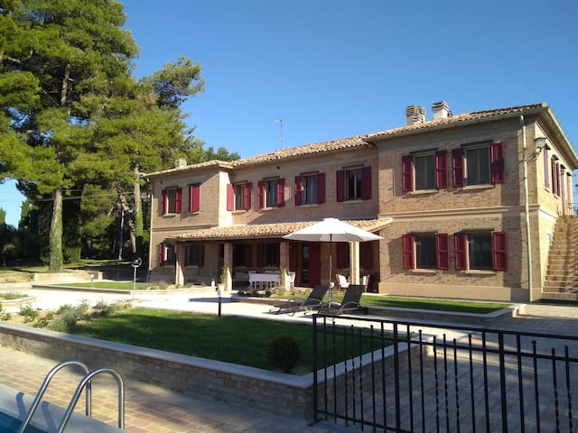 Villa Fonti for a group or wedding