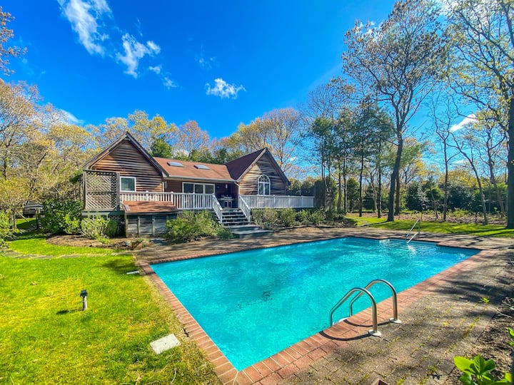 East Hampton Family Getaway Close to Town