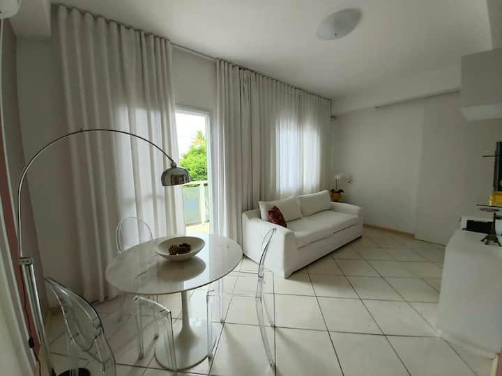Apartamento 2 dormitórios charmoso no Jardim Simus