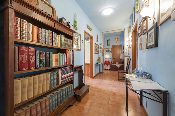 B&B Soggiorno Petrarca - Room 4 - Bed and breakfasts for Rent in ...