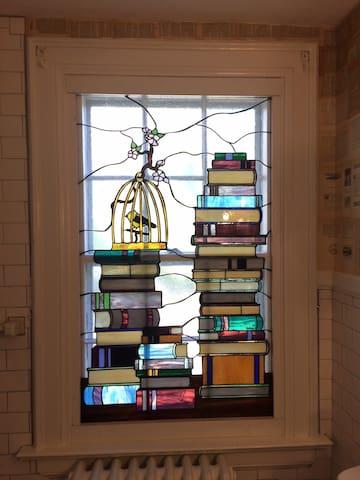 Maya Angelou Room in the NC Literary B&B