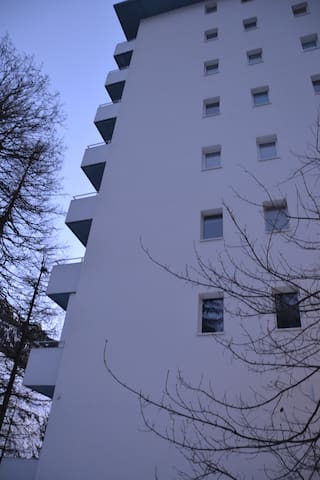 Helles Studio mit Balkon und schöner Aussicht
