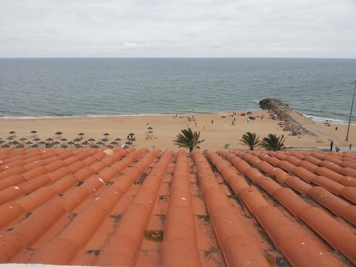"""Girassol Quarteira Beach Apartment"" with Wi-Fi, A/C, Balcony & Terrace; Parking Available"