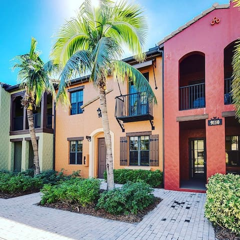 Naples, FL, LELY RESORT OLE , 2BD/2BA