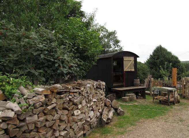 The Shepherds Hut at Hills Corner - Godshill - Pondok