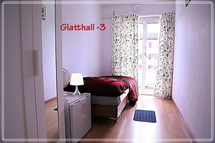 Glatthall 3