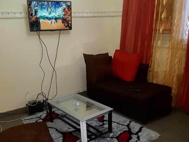 Appartement F2 meublé à Omnisport Yaoundé