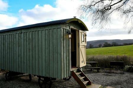 Quaint Shepherds Hut