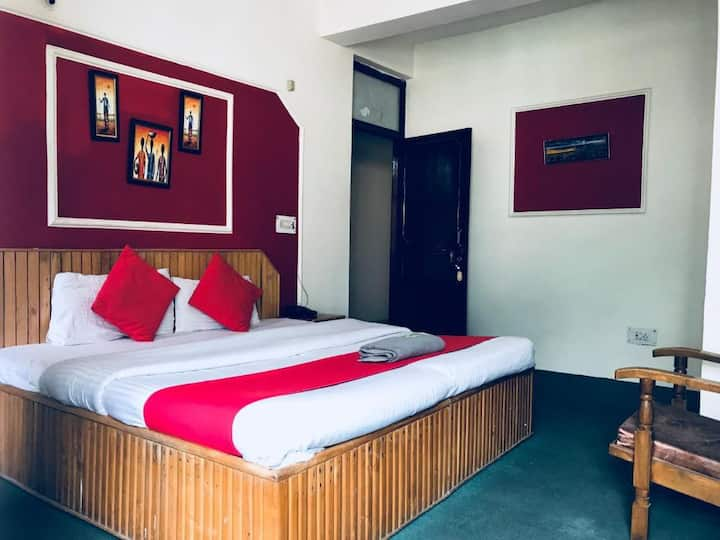 3 X BUDGET FAMILY STAY ROOMS & VALLEY VIEW- SHIMLA