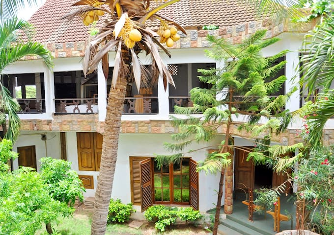 Maison Charme et caractère. Lomé - Lome - Dům