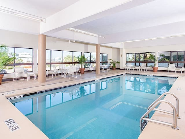 This indoor pool at the Palms is on the 2nd floor.