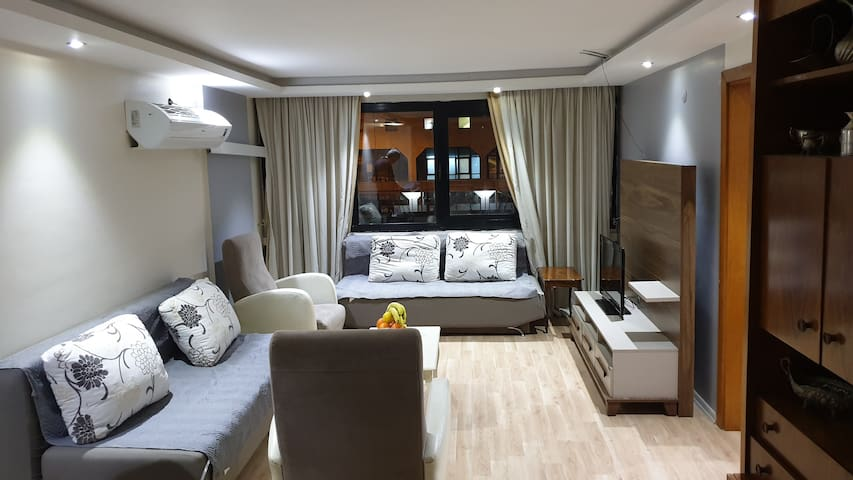 1 bedroom apartment Cankaya/Konak, great location