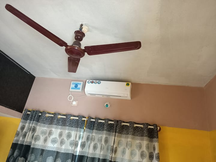 AC with King Sized Bed in a Fresh, Pure Air 4U!