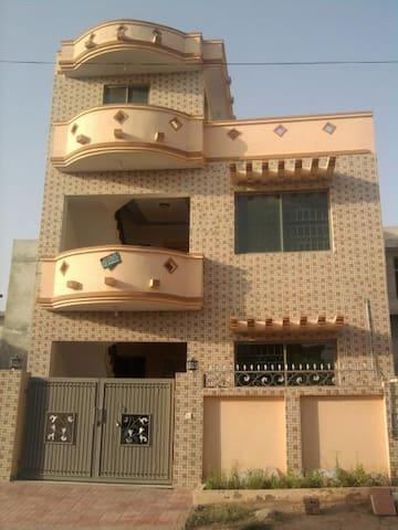 ahmedpur east - Ahmedpur East - Casa