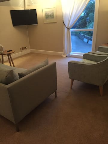 Charming garden flat - Douglas - Apartment