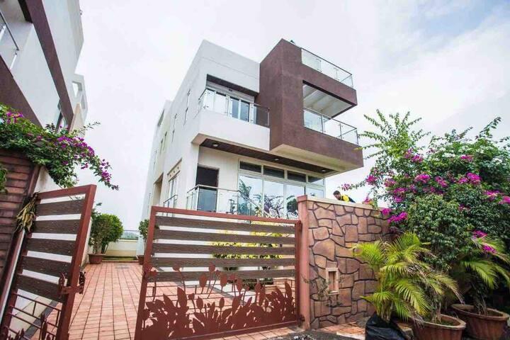 N5 villa, Lonavala 5bhk Villa with Private Pool