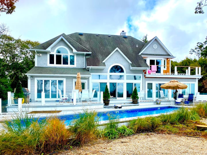 Beach Front Oasis