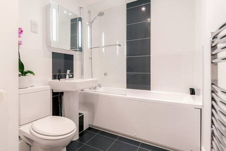 Capitol Square 1 bed - Epsom