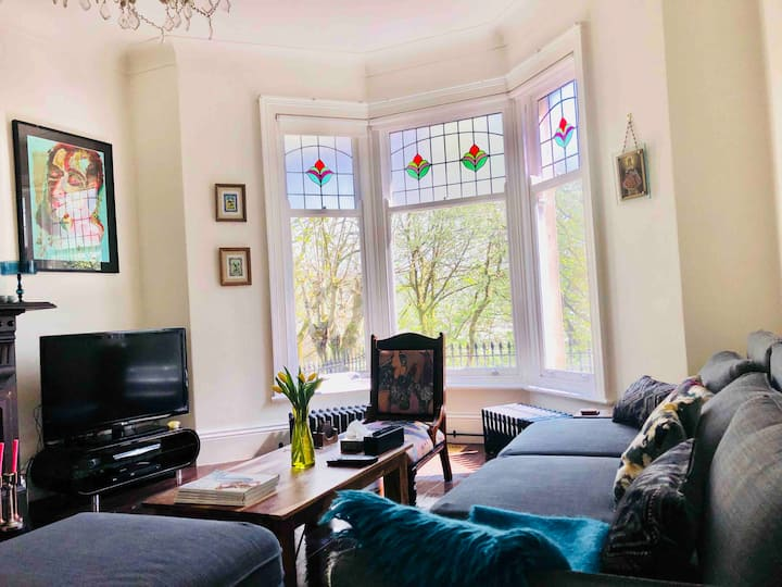 Luxury Victorian  Family Cottage Sleeps 6