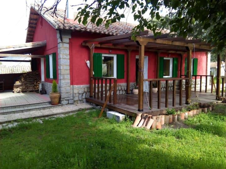 Preciosa casa en zona natural a una hora de Madrid