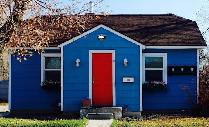 Charming 1930s Bungalow