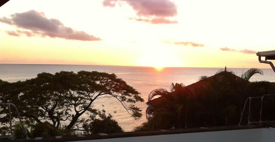 villa martinique , mer caraïbes - Schœlcher