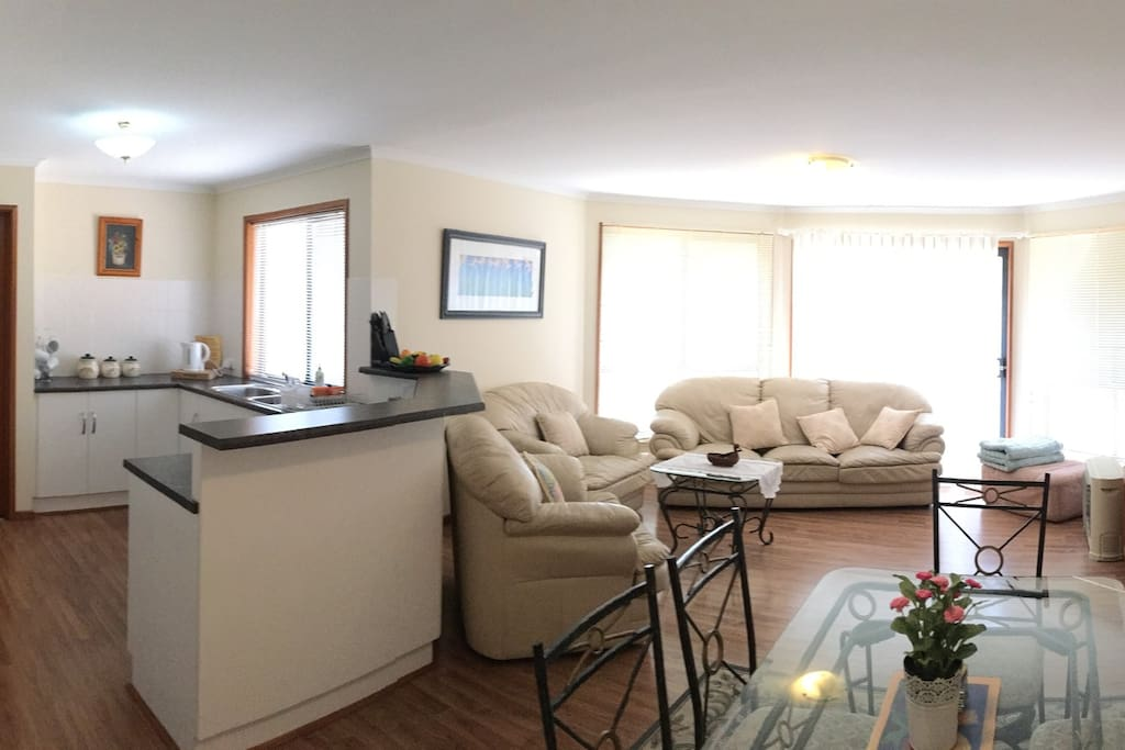 Open plan family /dining with kitchen