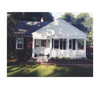 Cozy Louisville Cape Cod- Derby! - Louisville - House