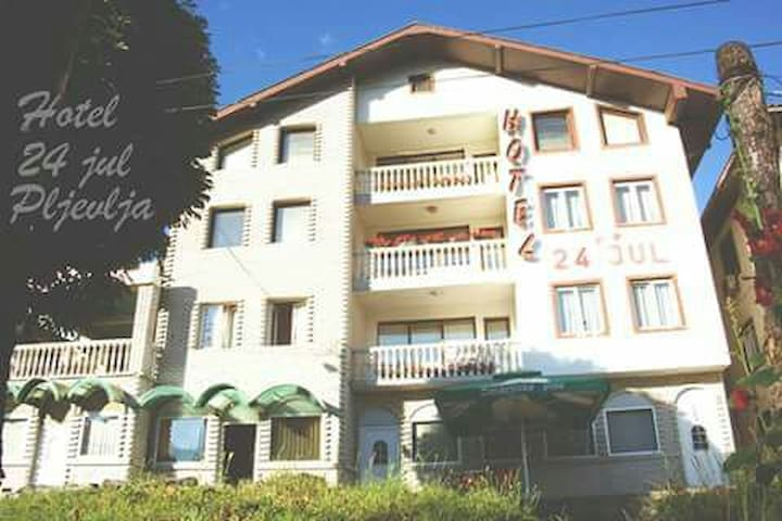 "Garni Hotel ""24 JUL""  Pljevlja - 2 Bed Room"