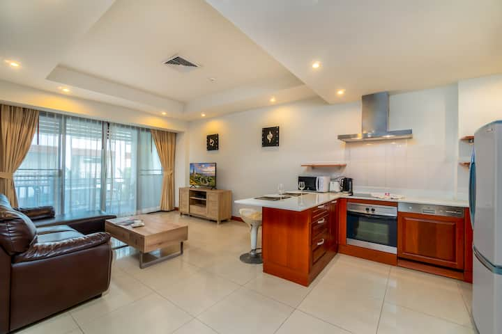 Condominium in beautiful green surrounding