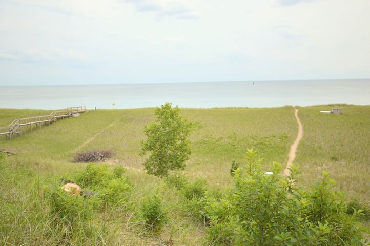 Lovers Lane is 300 yards away from shared private Lake Michigan access!