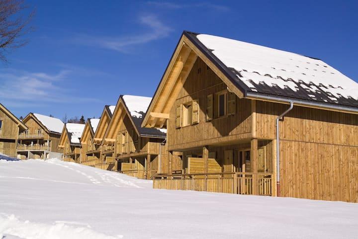 Agréable 3 pièces accessible avec balcon/terrasse, parking gratuit