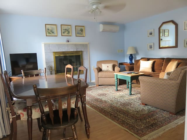Hideaway Apartment Suite - Narragansett - Byt